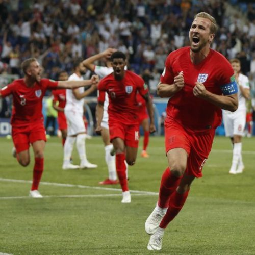Harry Kane le dio la primera victoria a Inglaterra con un doblete