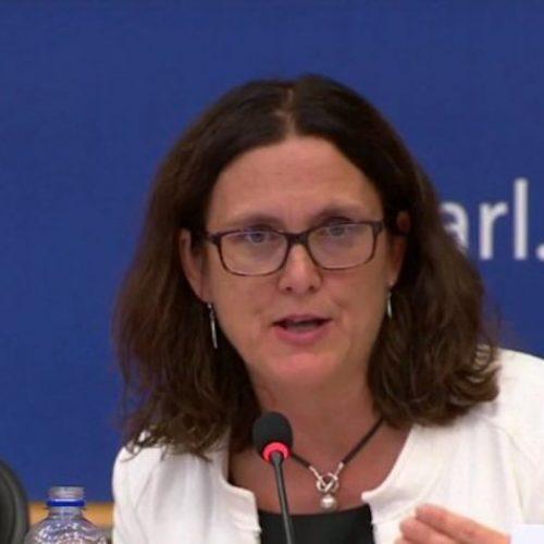 Unión Europea descarta renegociar acuerdo de libre comercio con EEUU