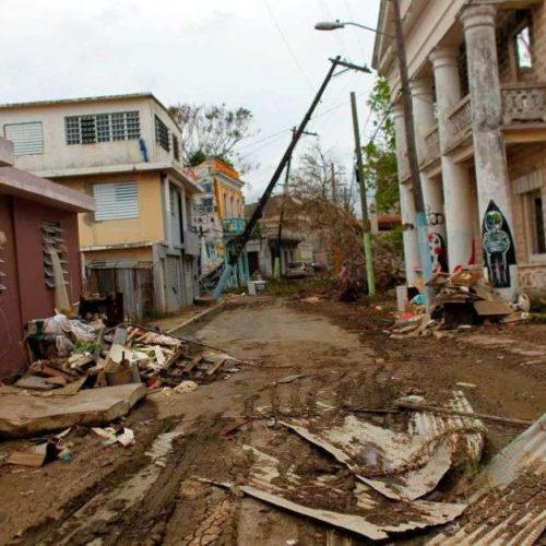 Roselló admite errores y confirma 2,975 muertos por huracán María en Puerto Rico