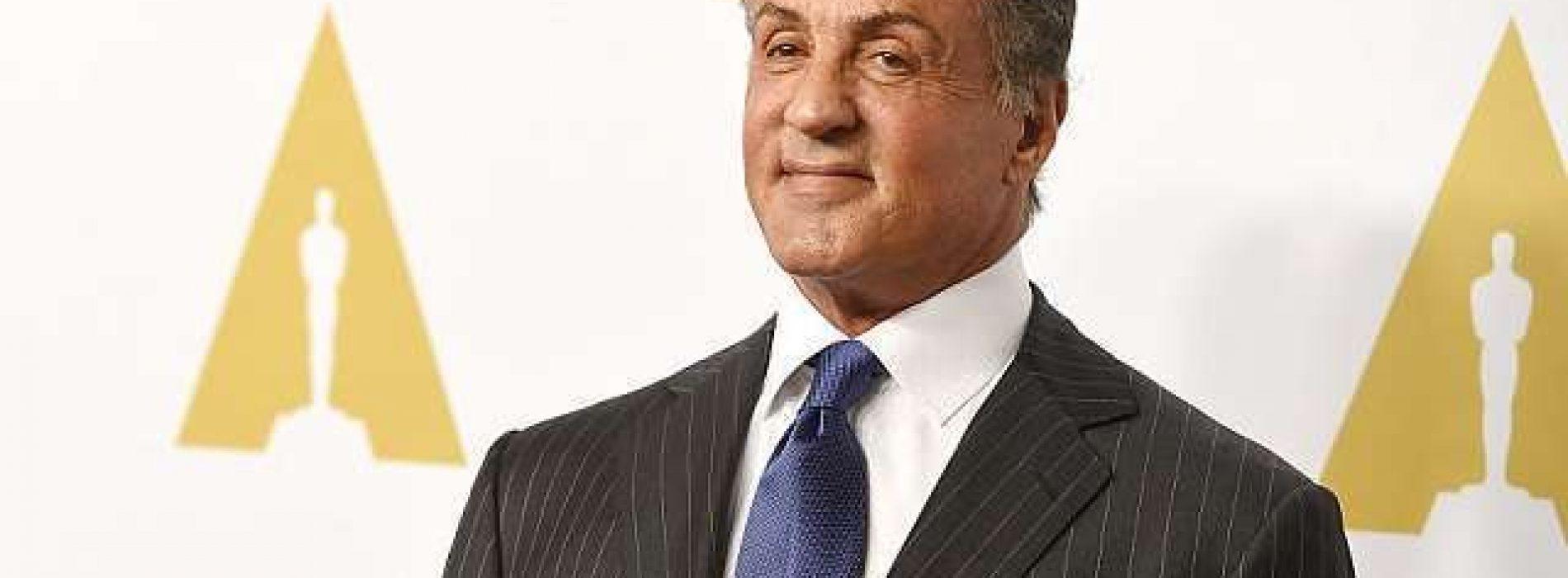 A sus 72 años Sylvester Stallone recupera su físico de 'Rambo'