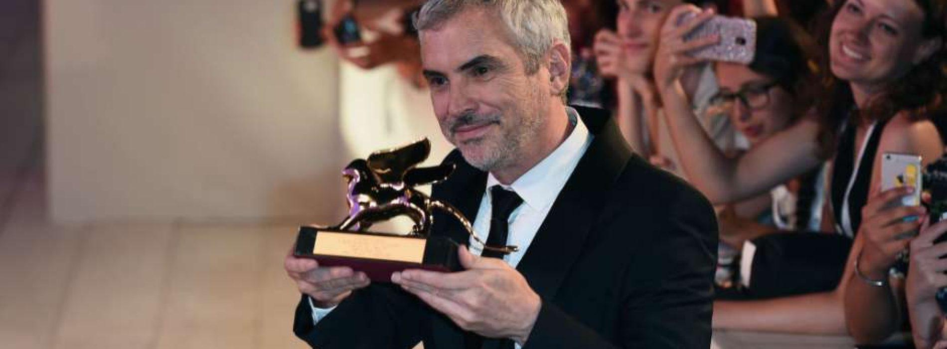 """Orgullo mexicano: Celebran histórico León de Oro para Alfonso Cuarón por """"Roma"""""""